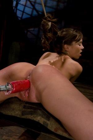 Ebony Fucking Machine Porn