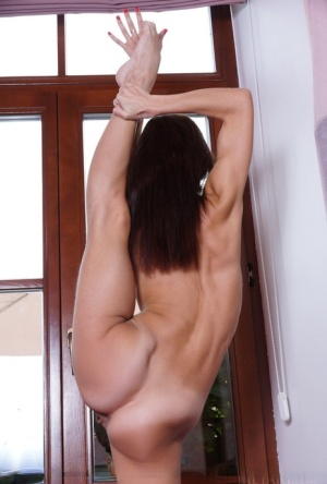 Flexible Ebony Porn