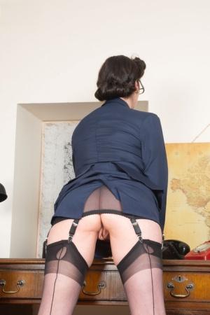 Ebony Secretary Porn