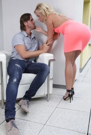 Ebony Seduction Porn