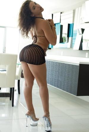 Ebony Mini Skirt Porn